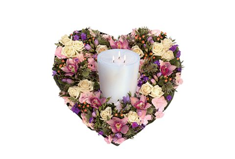 pastel_heart_and_candle_arrangement_featured
