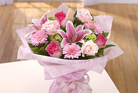 peaceful_pink_hand_tied_bouquets_featured